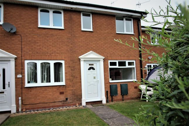 2 bed property to rent in Foxdale Drive, Brierley Hill DY5