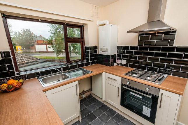 Thumbnail Terraced house to rent in St. Helens Road, Doncaster