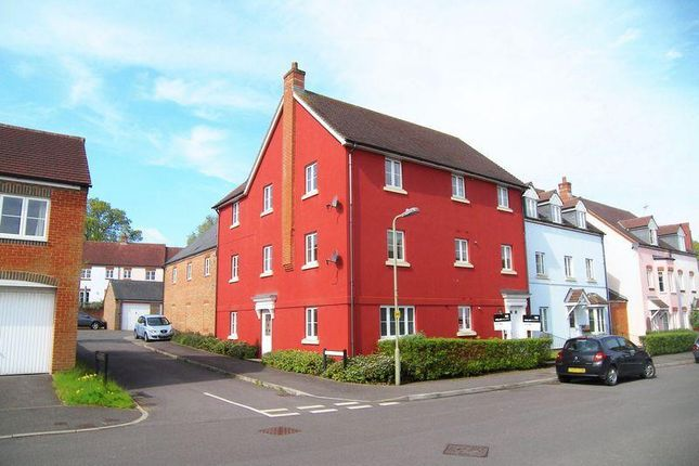 Thumbnail Flat to rent in Barentin Way, Petersfield