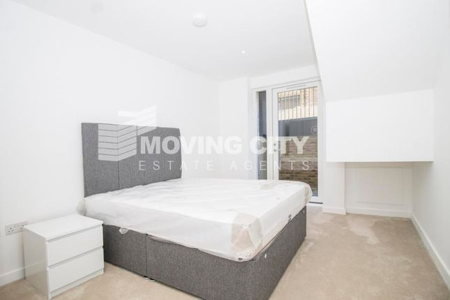 Thumbnail Flat for sale in St Pancras Place, Kings Cross