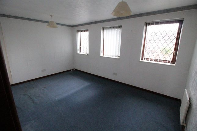 Bedroom One of Acorn Avenue, Giltbrook, Nottingham NG16