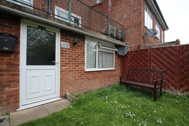 Thumbnail Studio to rent in Baronsmead Road, High Wycombe