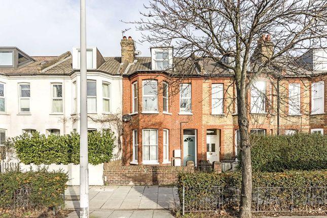 Flat for sale in Lower Mortlake Road, Kew, Richmond