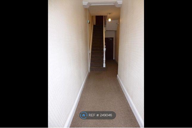 Thumbnail Flat to rent in Stockport Road, Ashton Under Lyne