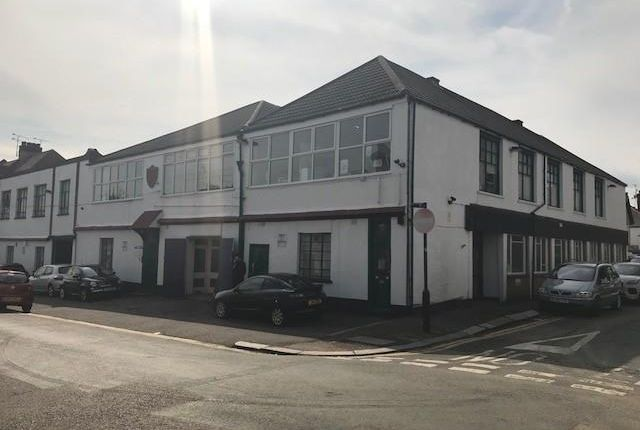 Thumbnail Office to let in Suite 19, Leighcliff Buildings, Leighcliff Road, Leigh-On-Sea