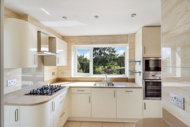 Thumbnail Semi-detached house to rent in Briar Road, Shepperton