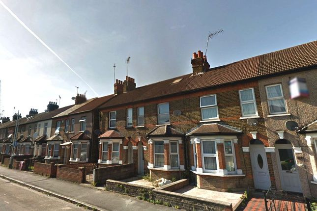Thumbnail Maisonette to rent in Blyth Road, Hayes