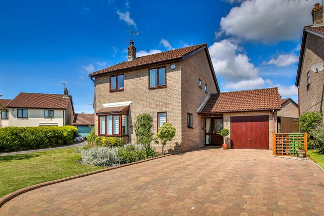 4 bed detached house for sale in Cheriton Drive, Thornhill, Cardiff CF14