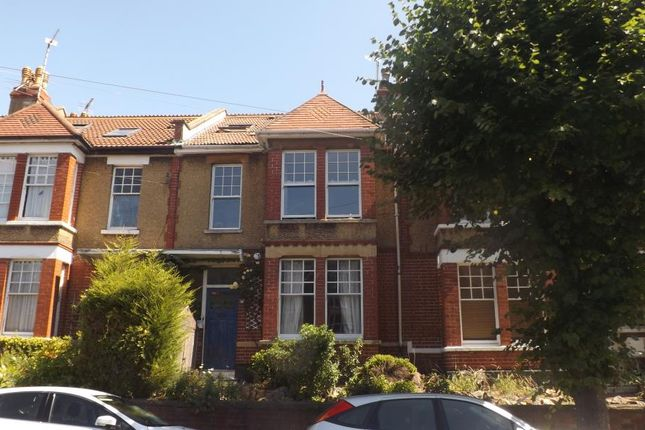Thumbnail Flat to rent in Claremont Avenue, Bristol