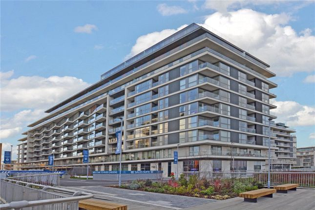 Picture No. 37 of Wyndham Apartments, 60 River Gardens Walk, Greenwich, London SE10