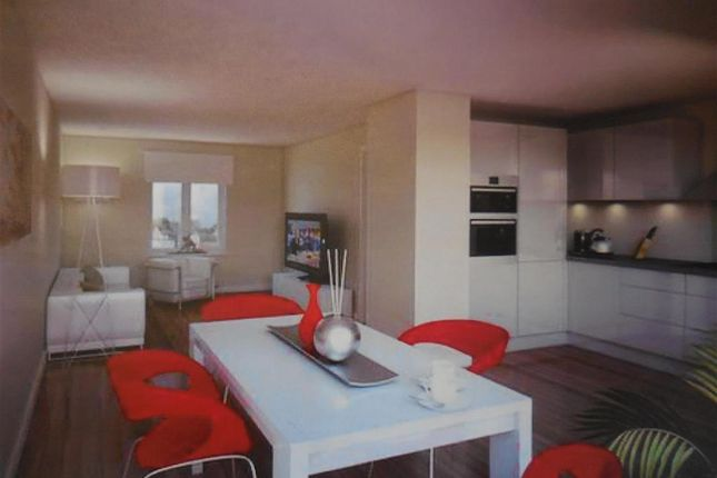 3 bed end terrace house for sale in Golf Road, Deal, Kent