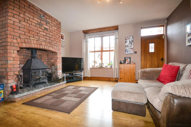 Thumbnail Terraced house for sale in Spendmore Lane, Coppull, Chorley