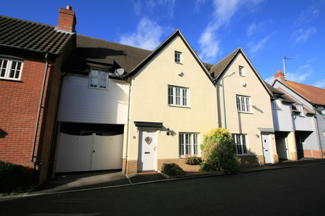 Thumbnail Link-detached house for sale in Allen Way, Springfield, Chelmsford
