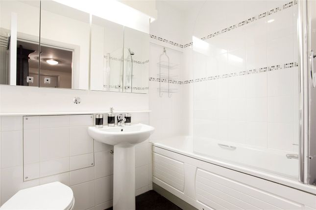 Bathroom of Dundee Court, 73 Wapping High Street, London E1W