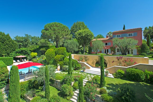 Villa for sale in Grasse, French Riviera, France