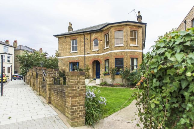 Thumbnail Flat to rent in St Faiths Road, Tulse Hill, London