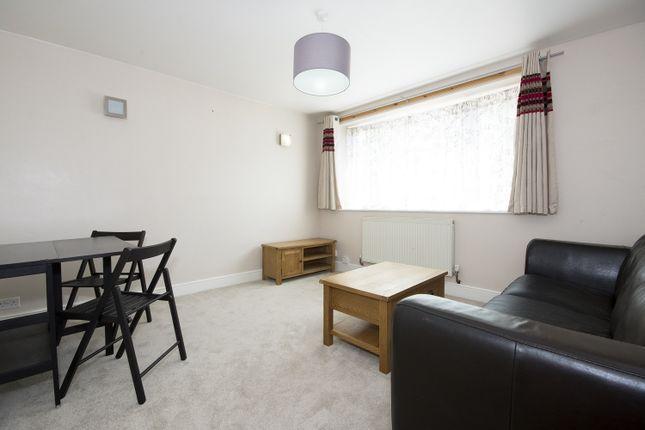 1 bed flat to rent in Park Avenue, Kidlington