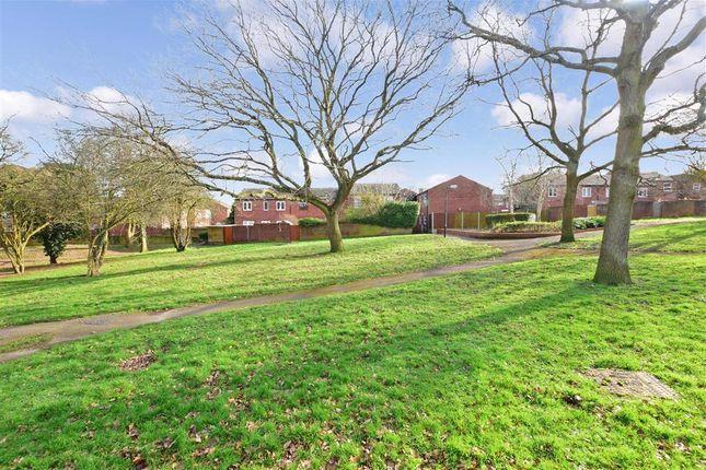 Surrounding Area of Austen Close, Loughton, Essex IG10