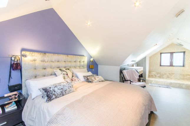 Thumbnail Property for sale in Mill Hill, Mill Hill, London