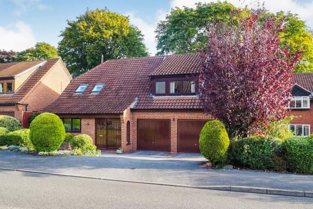 Thumbnail Detached house for sale in Rectory Gardens, Wollaton, Nottingham, Nottinghamshire