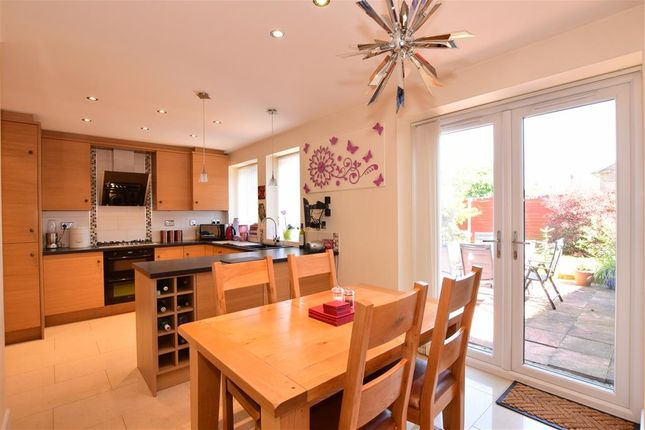 Maisonette for sale in Limbrick Lane, Goring-By-Sea, Worthing, West Sussex