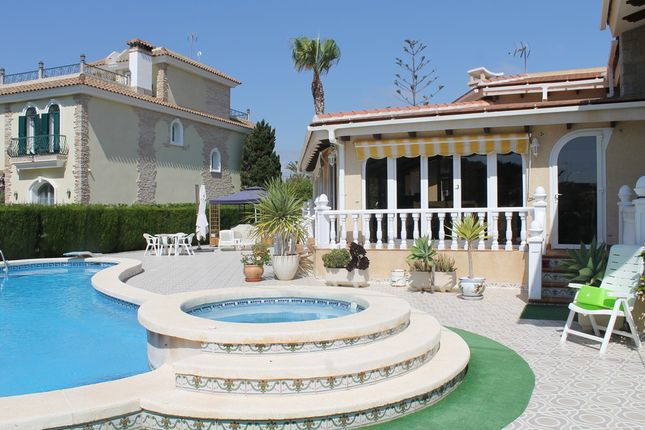Thumbnail Villa for sale in 100m. To Beach., Cabo Roig, Costa Blanca, Valencia, Spain
