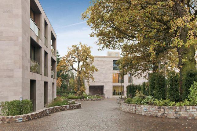 Thumbnail Flat to rent in Hampstead Lane, Kenwood