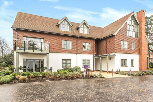 Thumbnail Flat for sale in Audley Chalfont Dene, Chalfont St. Peter, Gerrards Cross, Buckinghamshire
