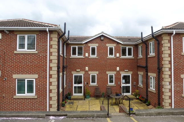 Thumbnail Flat to rent in Kimberworth Road, Kimberworth, Rotherham