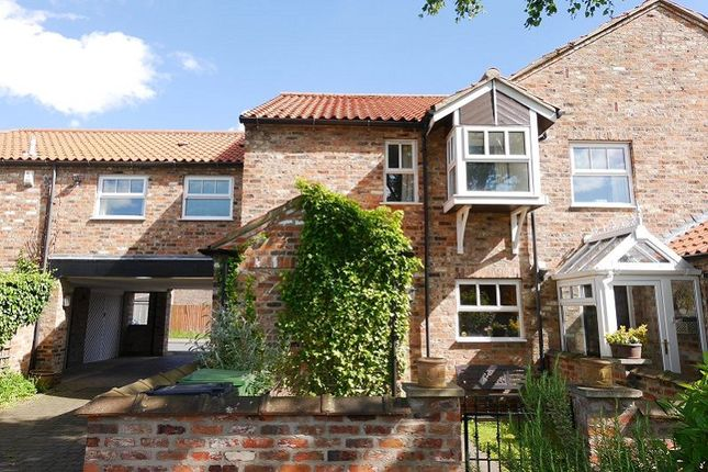 Thumbnail Cottage to rent in Birch Tree Court, Haxby, York