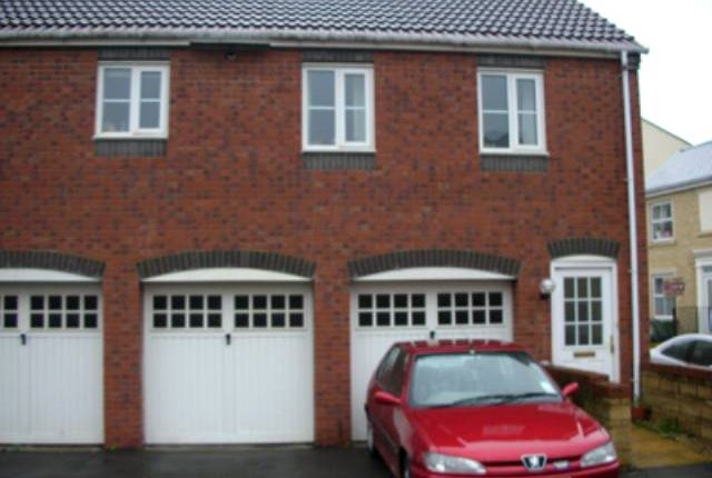 Thumbnail Flat to rent in Henley Way, Frome, Somerset