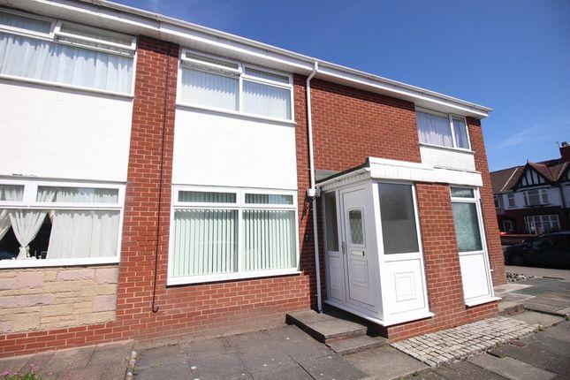 Thumbnail Terraced house for sale in Oak Street, Fleetwood