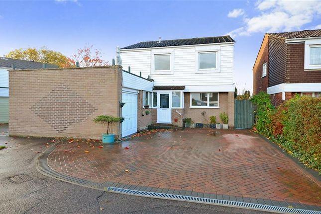 Thumbnail Detached house for sale in Ashton Way, Fareham, Hampshire