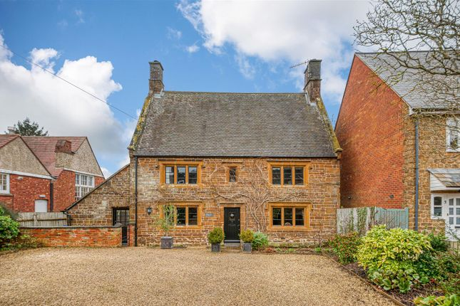 Thumbnail Detached house for sale in Woodford Halse, Daventry