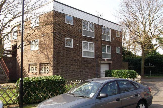 Thumbnail Flat to rent in Pine Tree Close, Cranford