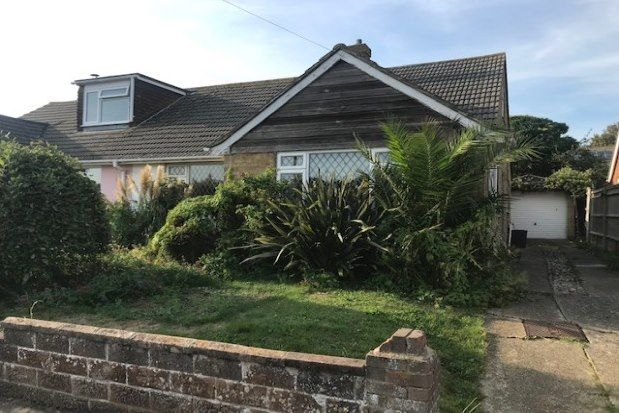 2 bed bungalow to rent in Rookery Way, Newhaven BN9