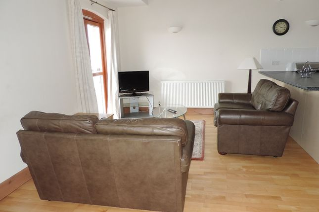 Thumbnail Flat to rent in Nelson Quay, Milford Haven