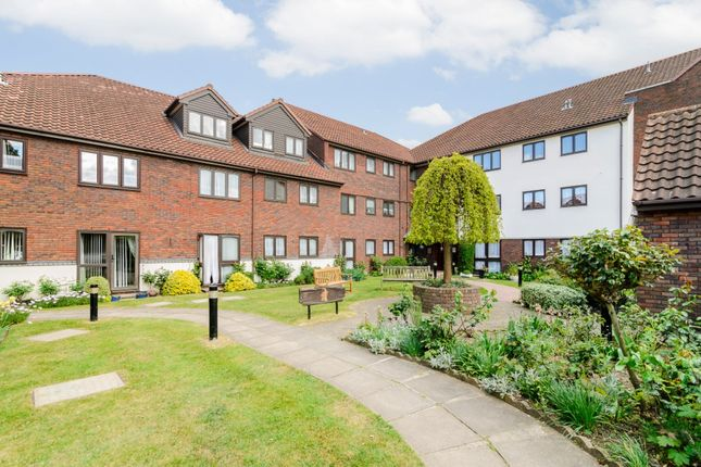 Thumbnail Block of flats for sale in Cobbinsbank, Waltham Abbey, Essex