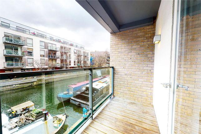 Balcony of Reliance Wharf, Hertford Road, London N1