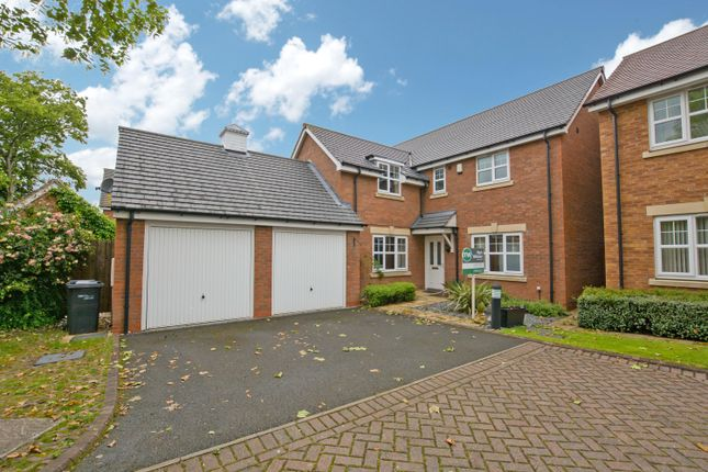 Thumbnail Detached house for sale in Fosse Close, Dosthill, Tamworth