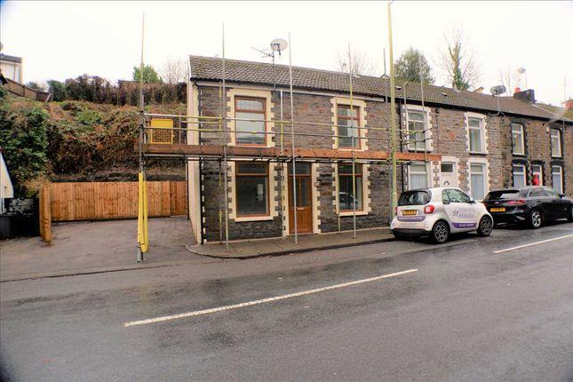 Main Picture of Swan Terrace, Penygraig, Tonypandy CF40