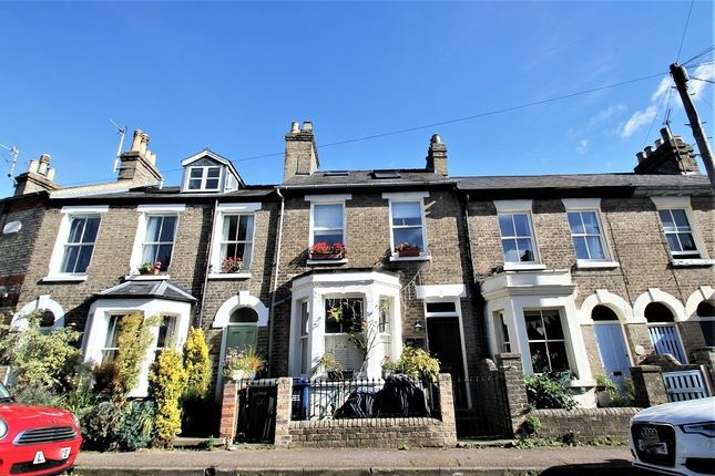 Thumbnail Terraced house to rent in Hertford Street, Cambridge