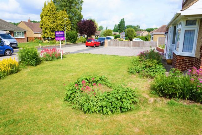 Front Garden of Highclere Avenue, Swindon SN3