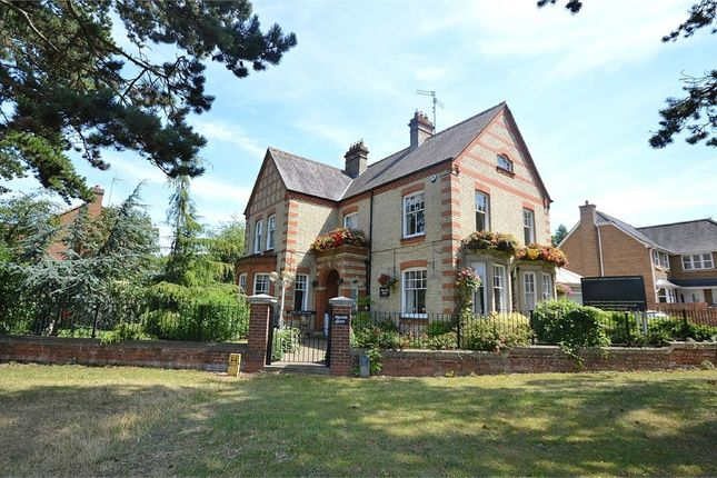 Thumbnail Detached house for sale in Irthlingborough Road, Finedon, Northamptonshire