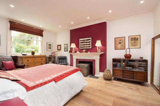 Picture No.10 of Lyndhurst Terrace, Hampstead Village, London NW3
