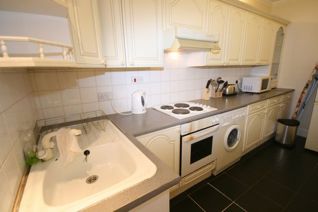 Thumbnail Flat to rent in Donaldson Place, Kirkintilloch, Glasgow