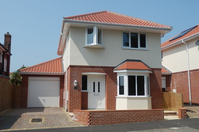 Thumbnail Detached house to rent in Fronks Avenue, Dovercourt