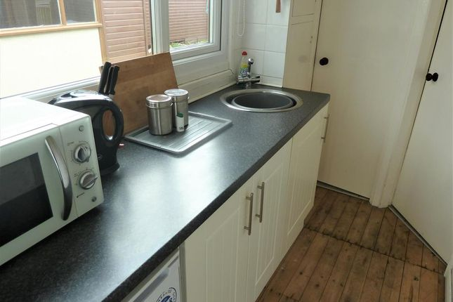 Kitchen of Links Avenue, Mablethorpe LN12