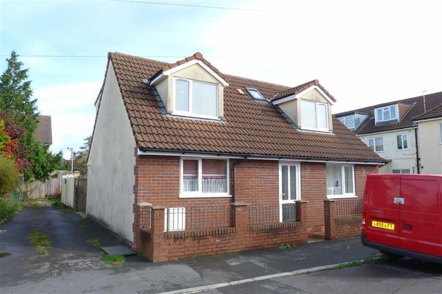 3 bed detached bungalow to rent in Cranleigh Road, Whitchurch, Bristol