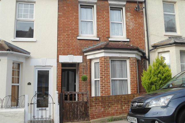 Thumbnail Terraced house to rent in Cecil Road, Rochester